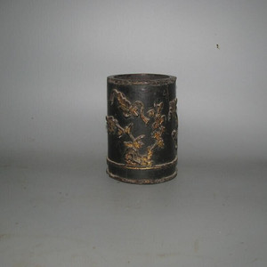 少见竹堆漆镏金笔筒