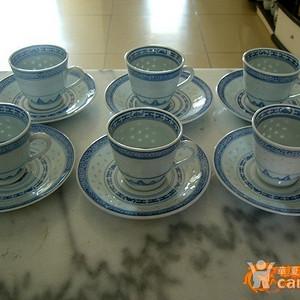 五六十年代玲珑瓷杯碟一盒12只 6杯6碟