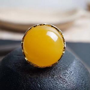 品牌商家 鸡油黄蜜蜡戒指