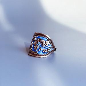 民国 纯银烧蓝老银戒指一枚