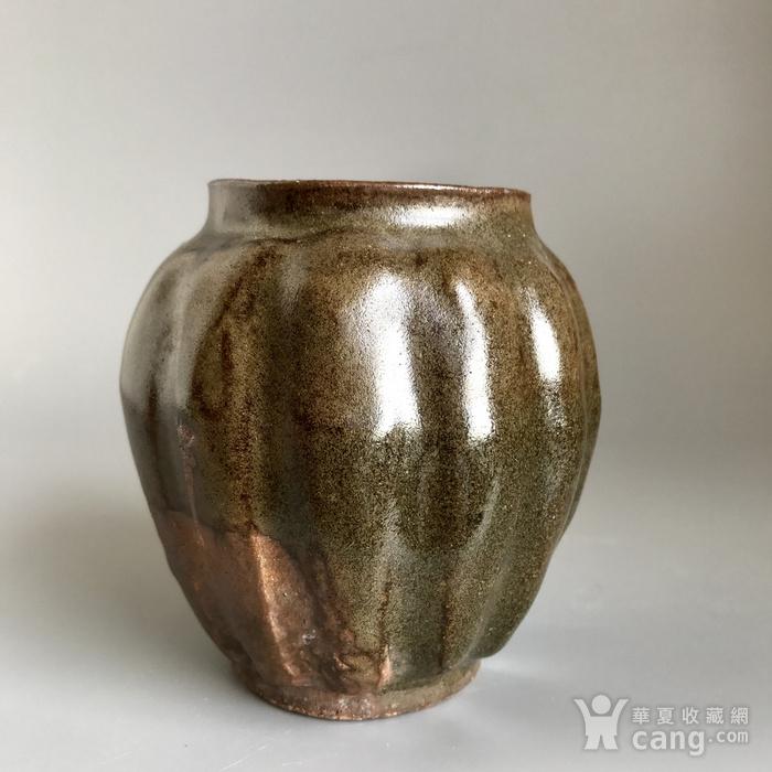精品古瓷 明清茶叶末釉瓜棱小罐一只图4