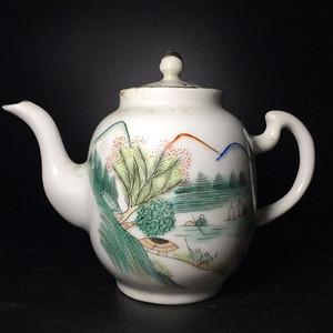 民国 浅绛彩细瓷茶壶一把