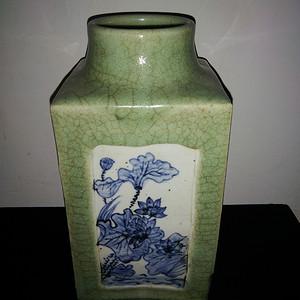 青花中式瓶