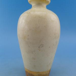 142.明代 磁州窑白釉梅瓶
