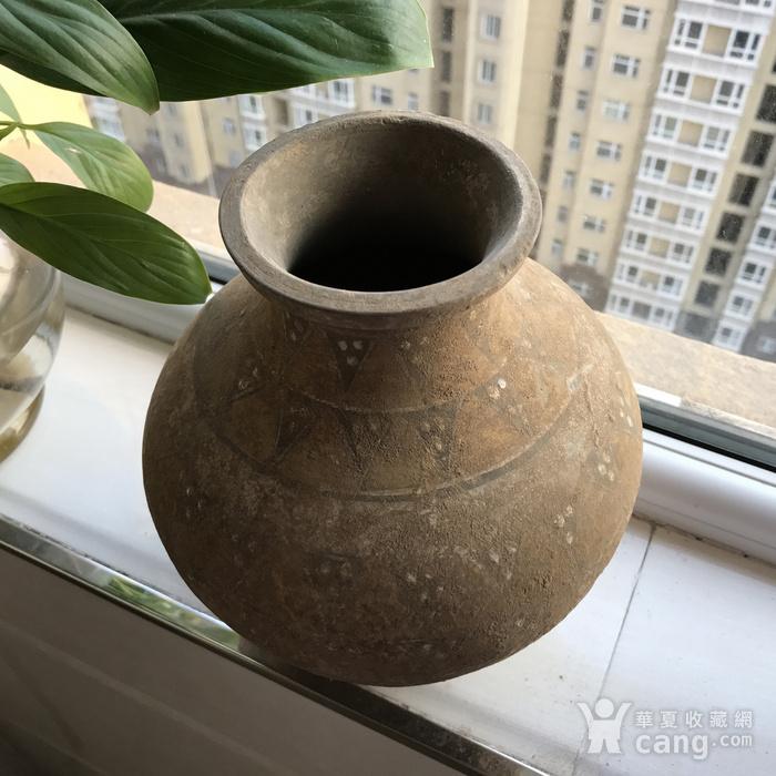 彩绘陶瓶一只图2
