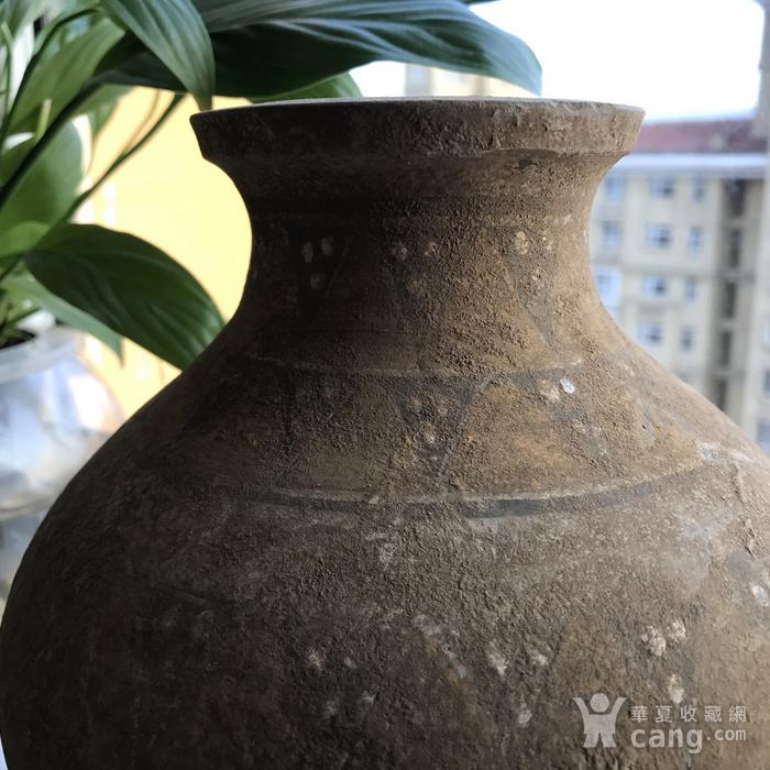 彩绘陶瓶一只图3