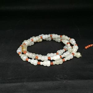 一串葫芦形籽料项链
