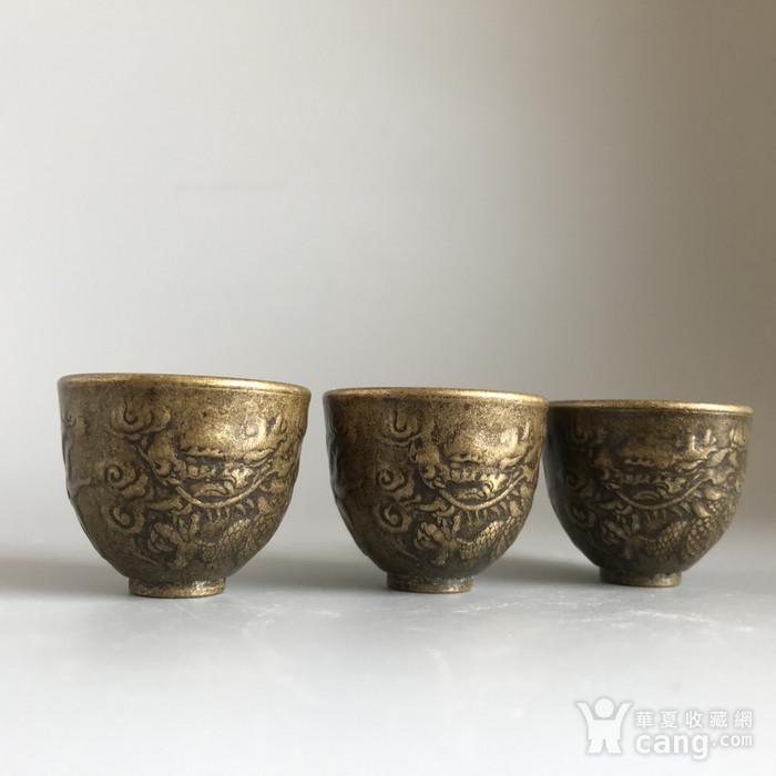 清代铜质龙纹小酒盅一套图2
