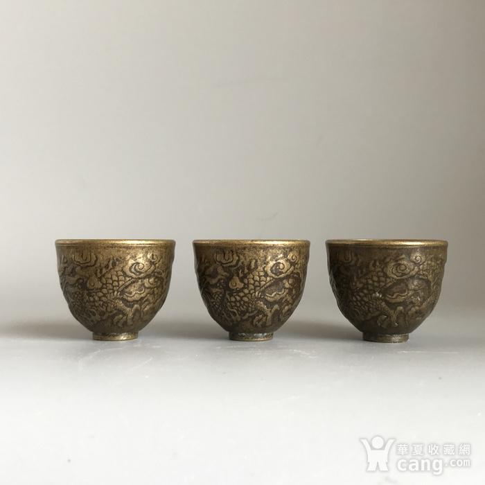清代铜质龙纹小酒盅一套图4