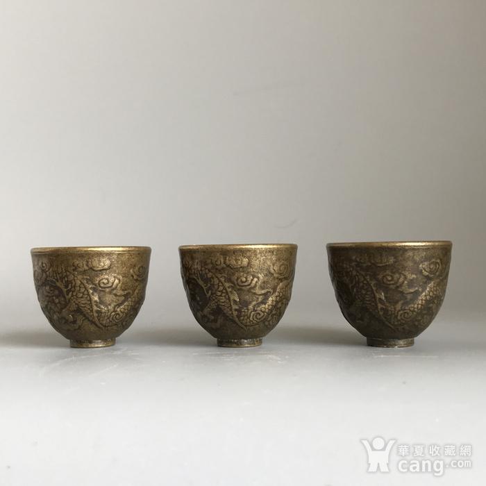 清代铜质龙纹小酒盅一套图5