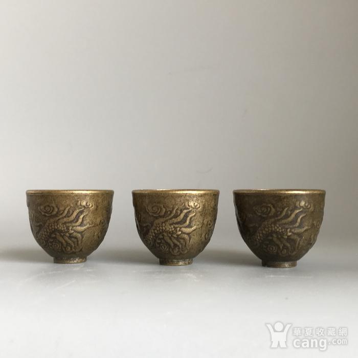 清代铜质龙纹小酒盅一套图6