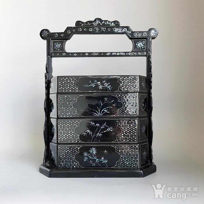 精品收藏漆器 木器 黑大漆嵌螺钿满工多层提盒图1
