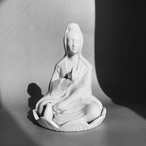 民国 德化窑白瓷观音像
