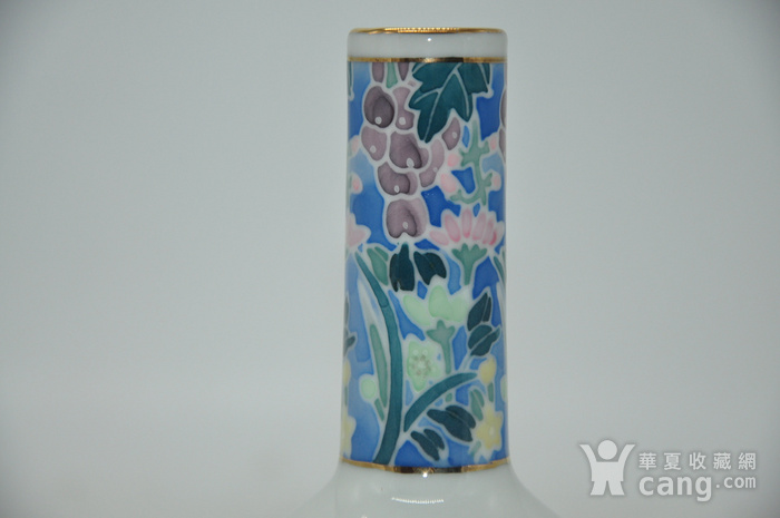 粉彩小花瓶图3