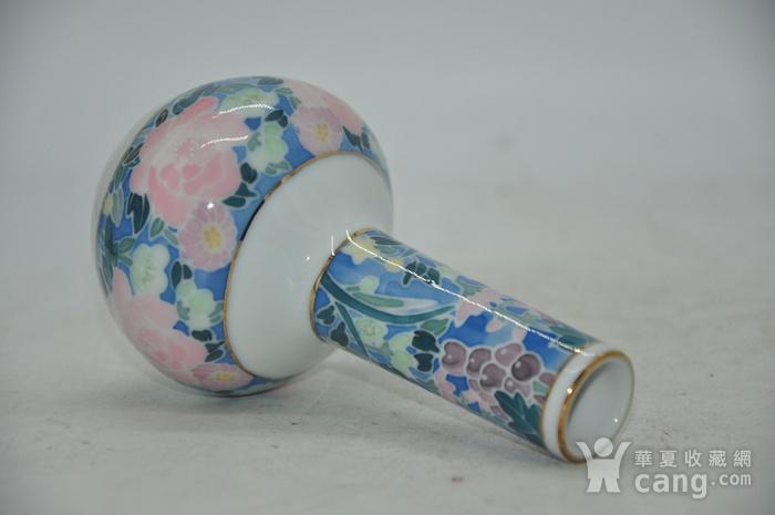 粉彩小花瓶图5