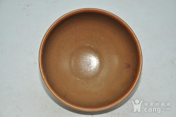 日本春山款酱釉茶碗图4