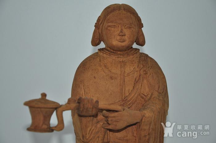 木雕侍女图2