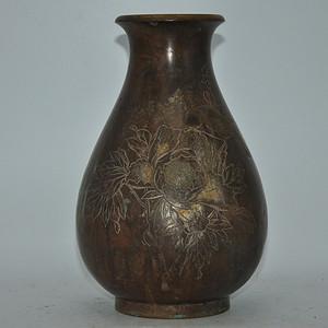 百年左右手工雕刻铜花瓶