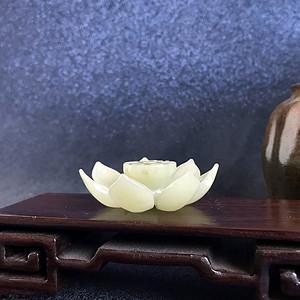 民国 创汇期老和田玉莲花香插