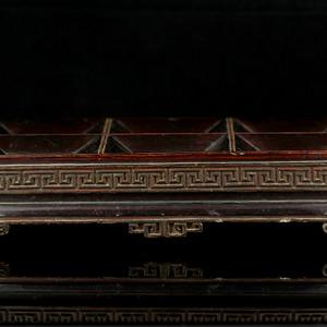 23清代大漆木制供盘