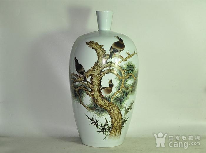 丁成明作品粉彩瓷瓶图1