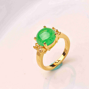 925银款厚金工艺镶嵌戒指帝王绿色,满色辣绿,工艺精湛,佩戴尽显您的高