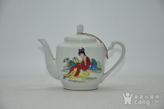 80年代景德镇老茶壶图1