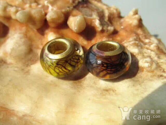 铜胎骨 网格纹 琉璃配珠对 甚图8