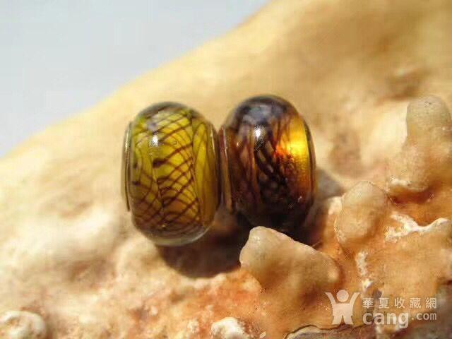 铜胎骨 网格纹 琉璃配珠对 甚图7