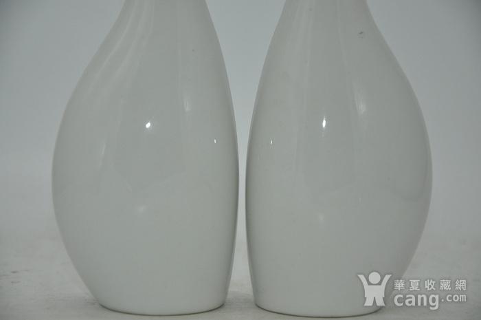白瓷瓶一对图3