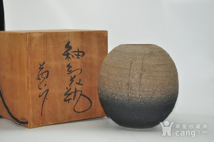 日本陶瓷花瓶图1