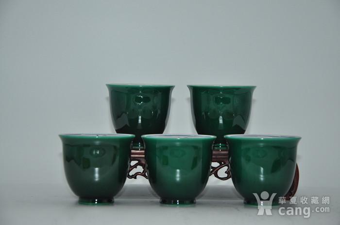 日本九谷青郊绿釉瓷茶碗五件套图2