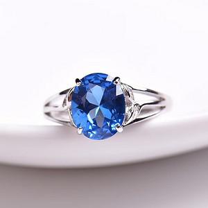 炫彩瑞士蓝托帕石戒指