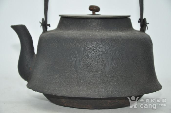 日本龙文堂铜盖铁壶图5