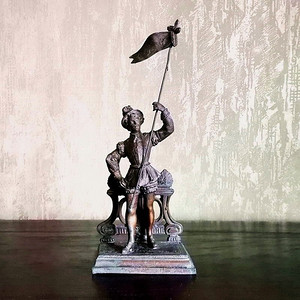 17世纪法国自由之旗塑像