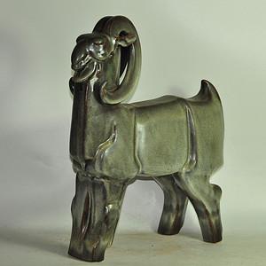 80年代博山窑瓷塑羊