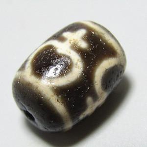 藏传 玛瑙 古瓶 天珠 包浆醇厚