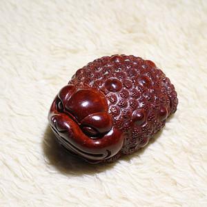 小叶紫檀满鱼鳞 三足金蟾 手把件