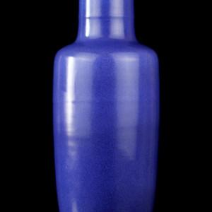 39清晚期洒兰釉棒捶瓶
