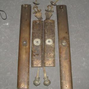 一套雕刻精美人物铜铰链