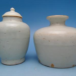 106.明代 永乐甜白釉石榴尊 莲子罐 两件