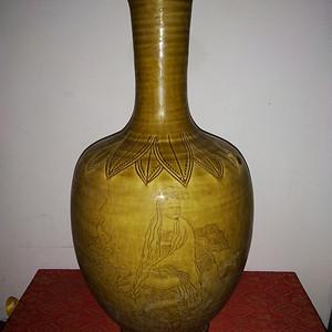 金牌 黄釉瓶