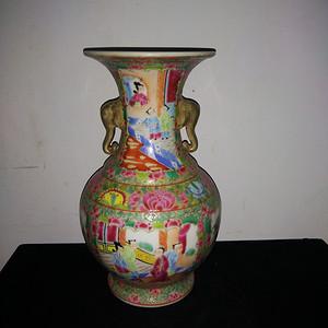金牌 光彩花瓶