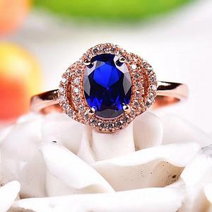 瑞士蓝宝石戒指