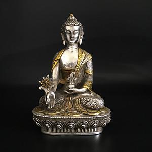 银鎏金佛像