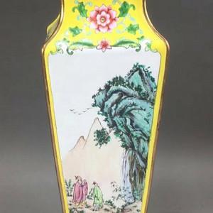 清晚精品 铜胎画珐琅方瓶