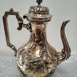 十九世纪法国镀银雕花咖啡壶