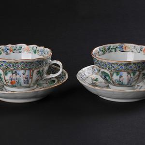 欧美回流 清咸丰 粉彩人物花鸟纹花口茶杯茶碟一对