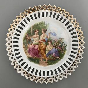 欧洲名瓷:古希腊神话故事人物粉彩缕空花边盘子10