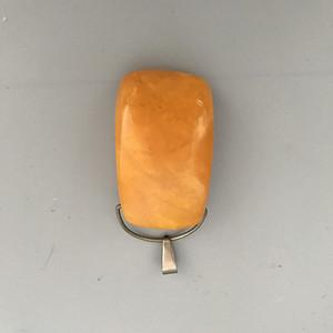 欧洲鸡油黄老蜜蜡吊坠 22